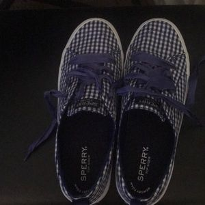Women's Sperry Gingham Blue Size 9 sneakers